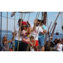 Pirate cruise with sea battle and pizza