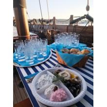 Гръцка вечер с узо, мезета и музика